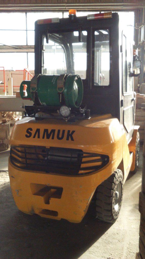 Vysokozdvižný vozík Samuk_FGL35T_LPG